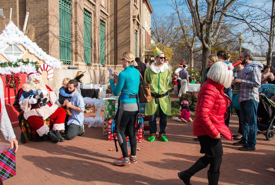 Santa's coming to Taoti! 3